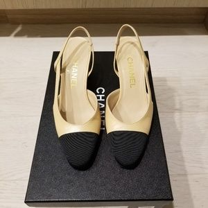 Chanel Slingbacks (Beige & Black)